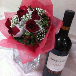 GF0368-rose bouquet wine