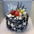 GFP0967-300gm birthday cake delivery