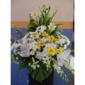 QF0816-White Lilies Yellow Daisies wreath