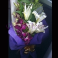 QF0855-lilies hand bouquet flowers
