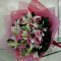 QF1171-roses lilies