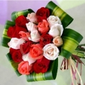 QF0598-mixed roses hand bouquet