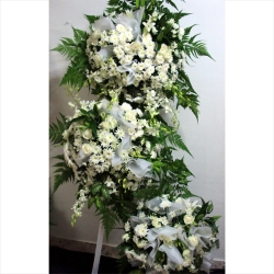 QF1193-white wreath flowers stand